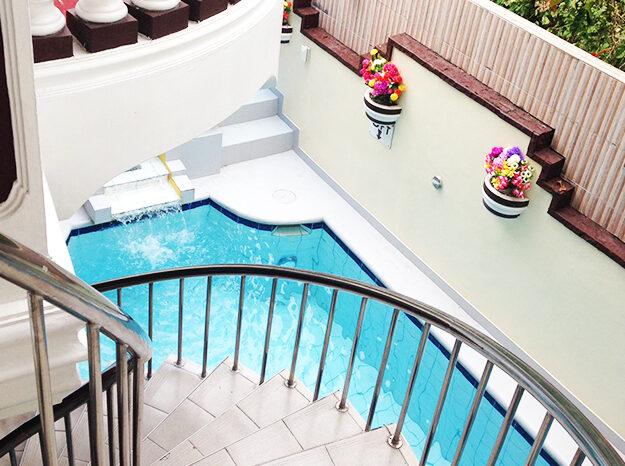 pool area upstairs