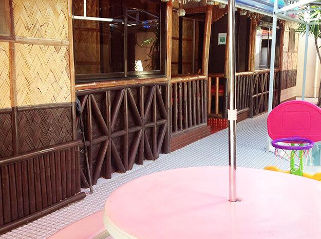 pool tableumbrella_2